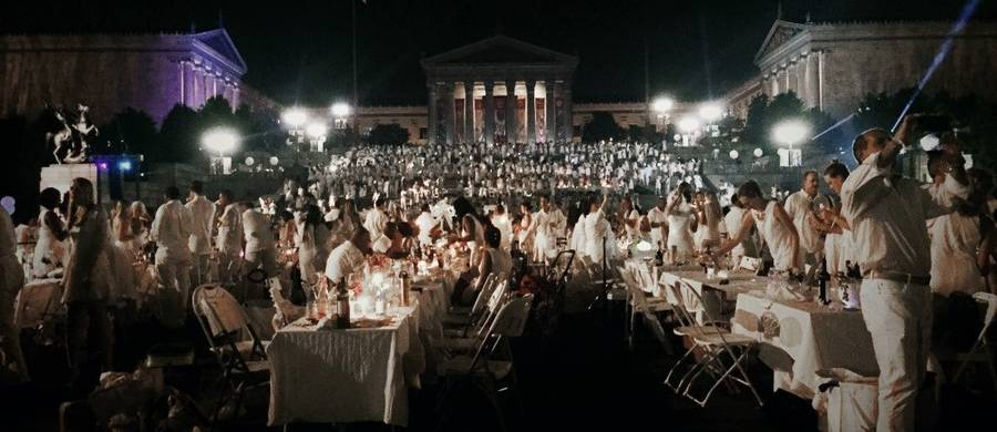 Dîner en Blanc 2016 at The Philadelphia Art Museum