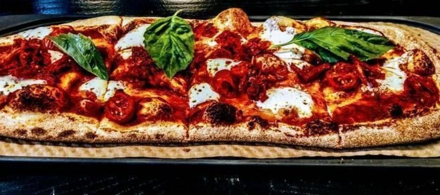 &Pizzia Philadelphia Build Your Own Pizza Experience