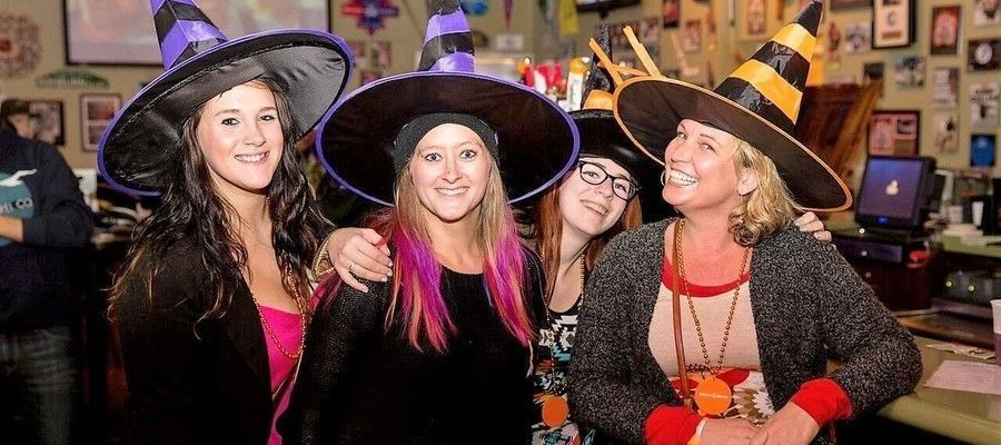 Annual East Passyunk Witch CRAFT Beer Crawl