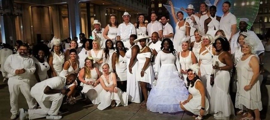 Philadelphia Le Dîner en Blanc at City Hall and Thomas Paine Plaza 2018